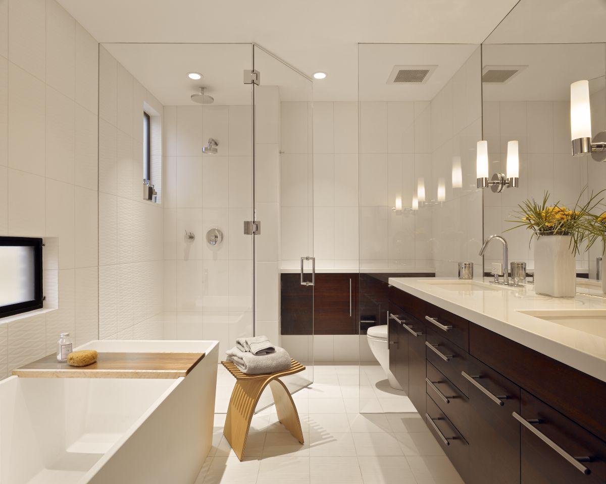 Interior Exterior Plan   Stylish modern bathroom design with white ...