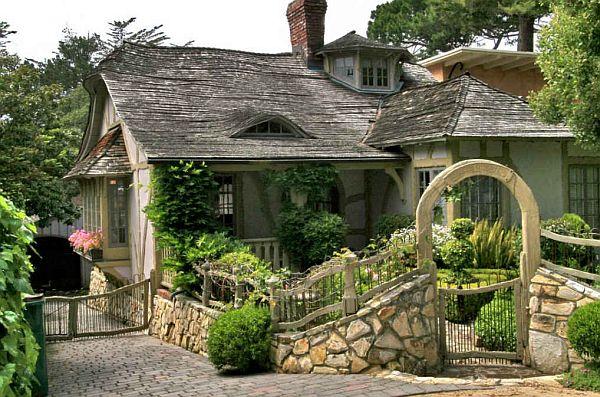 Fairy Carmel Cottage House In California