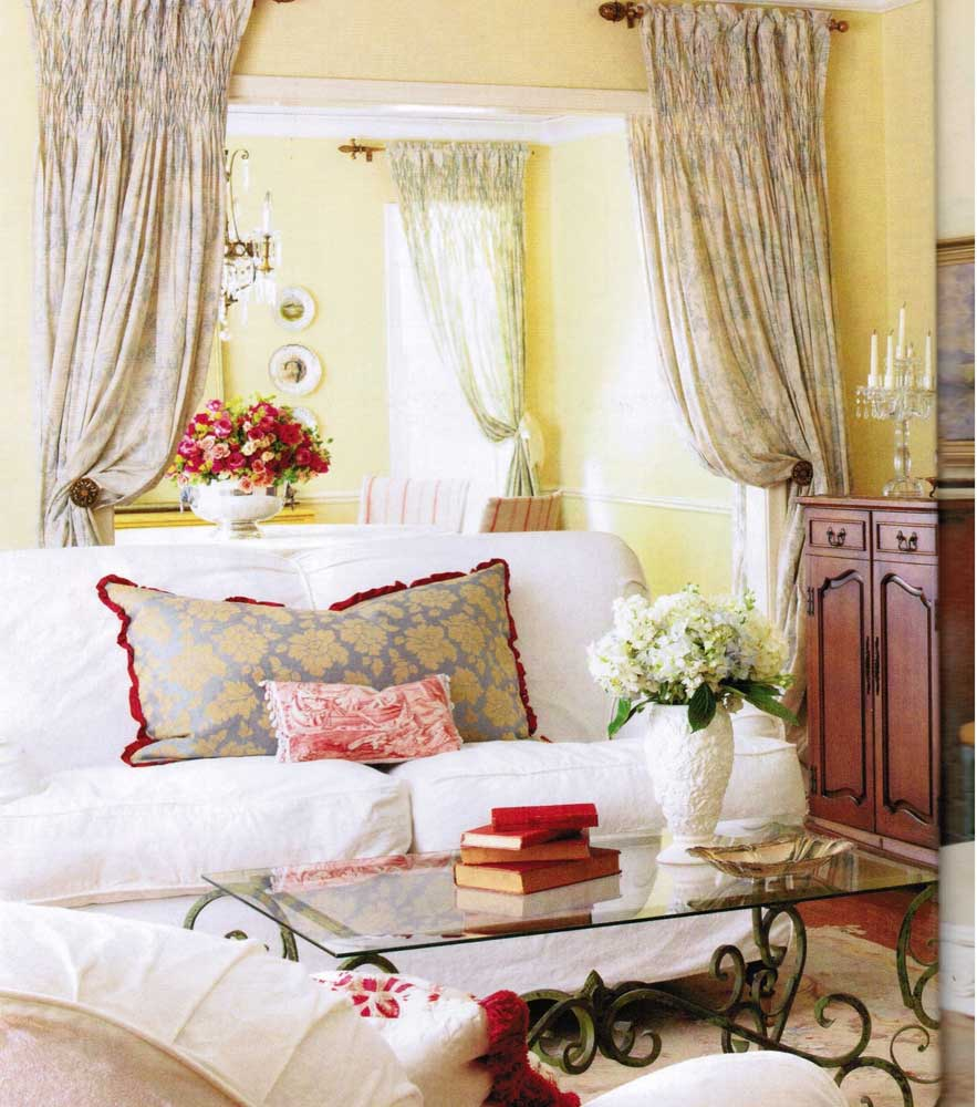 French Country Decorating Ideas for a Living Room | KnowledgeBase