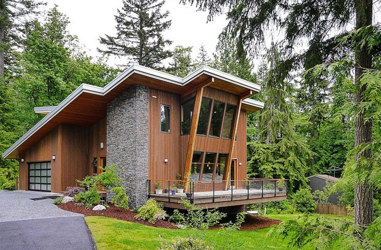 Modern Cottage House Design at the Base of Squak Mountain, Washington ...