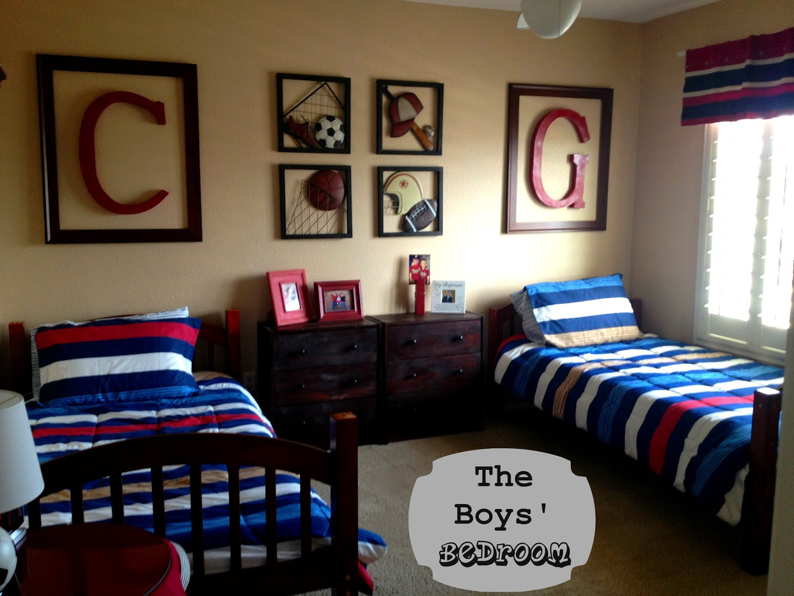 Marci Coombs: The Boys' Sports Themed Bedroom.
