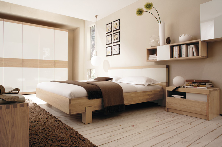Warm Bedroom Decorating Ideas by Huelsta | DigsDigs