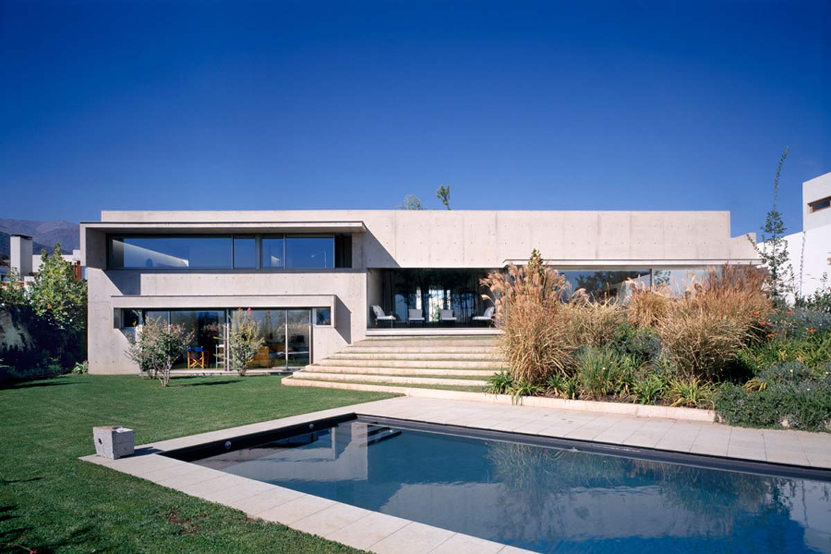 Modern Tropical House Architecture A Modern Concrete Homes Design ...