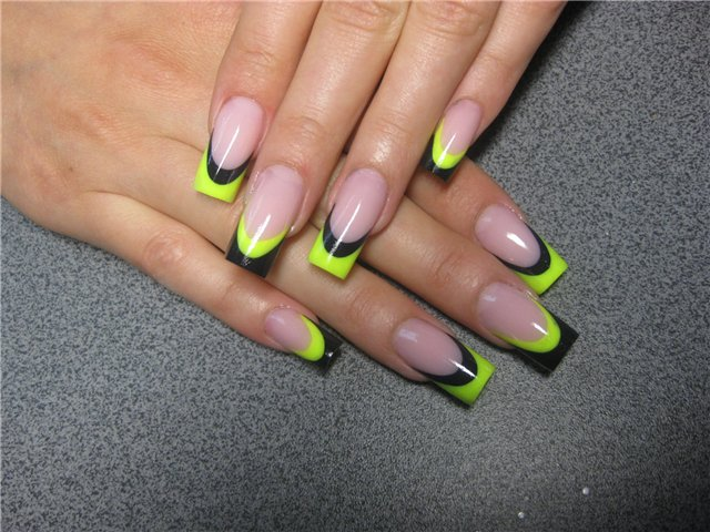 french tip nail design 300x225 french tip nail design
