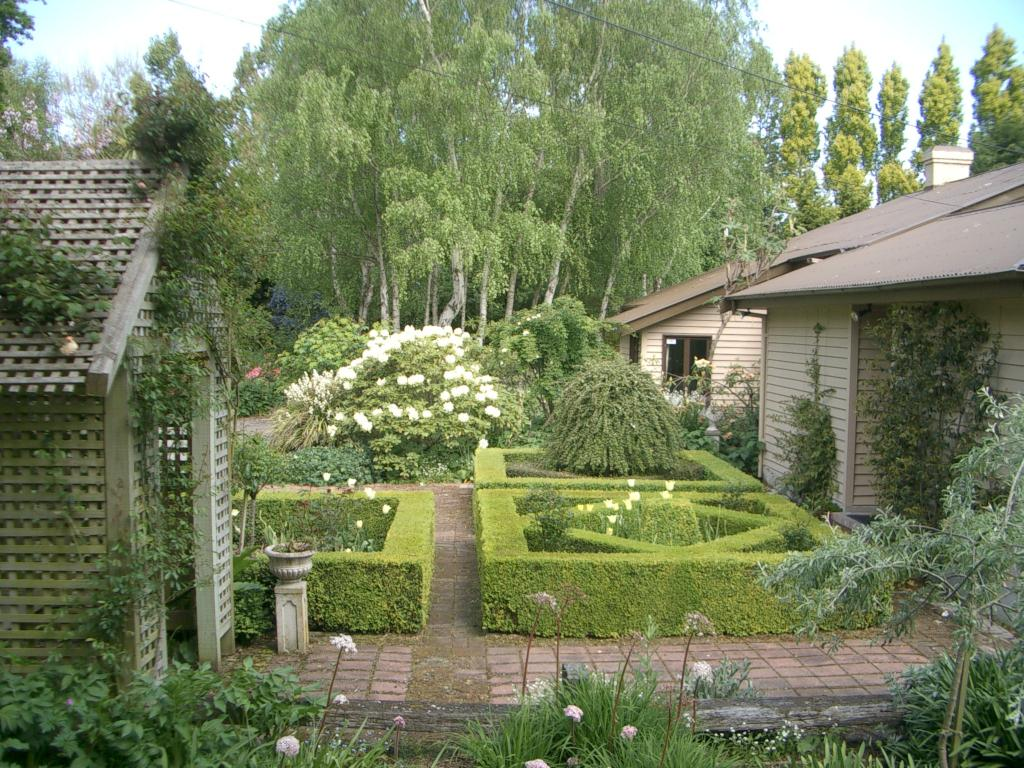 NZ House And Garden