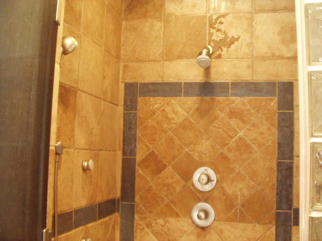 The Best Tile Bathroom Shower Design Ideas