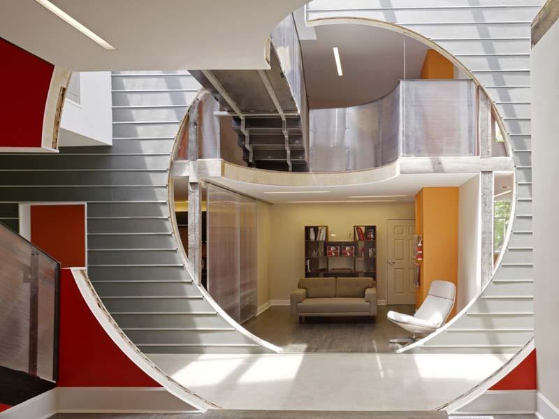 Interior Of Office Studio - Unique Space Office Interior Design Ideas ...