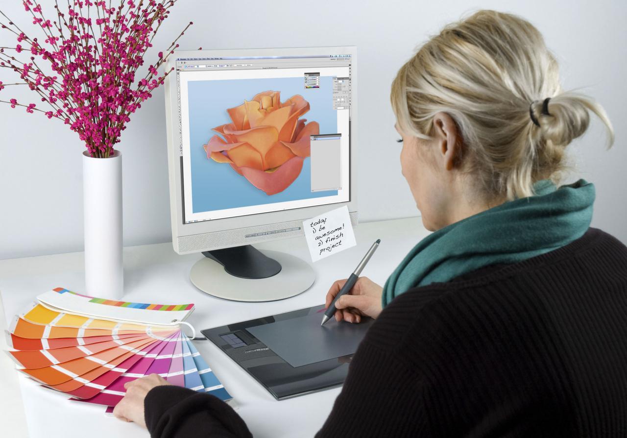 Is being a graphic designer or web designer a good job?