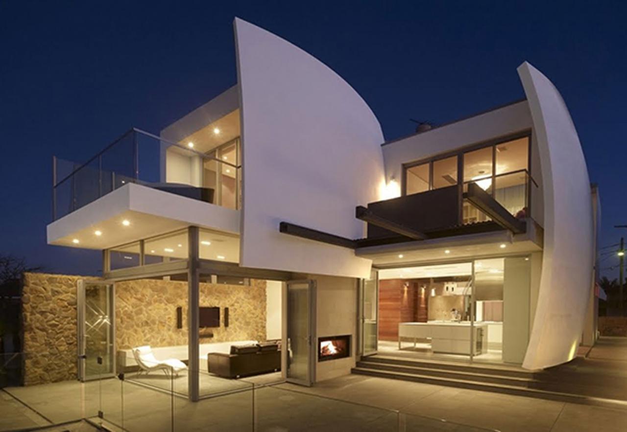 ... Home With Futuristic Architecture Design: Home Professional Designers