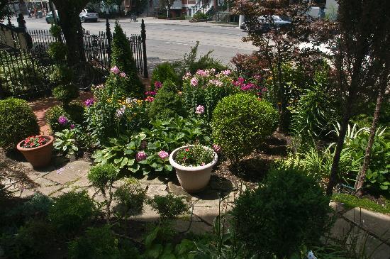 Front Yard Garden Designs Ideabooks Small Garden Design Ideas