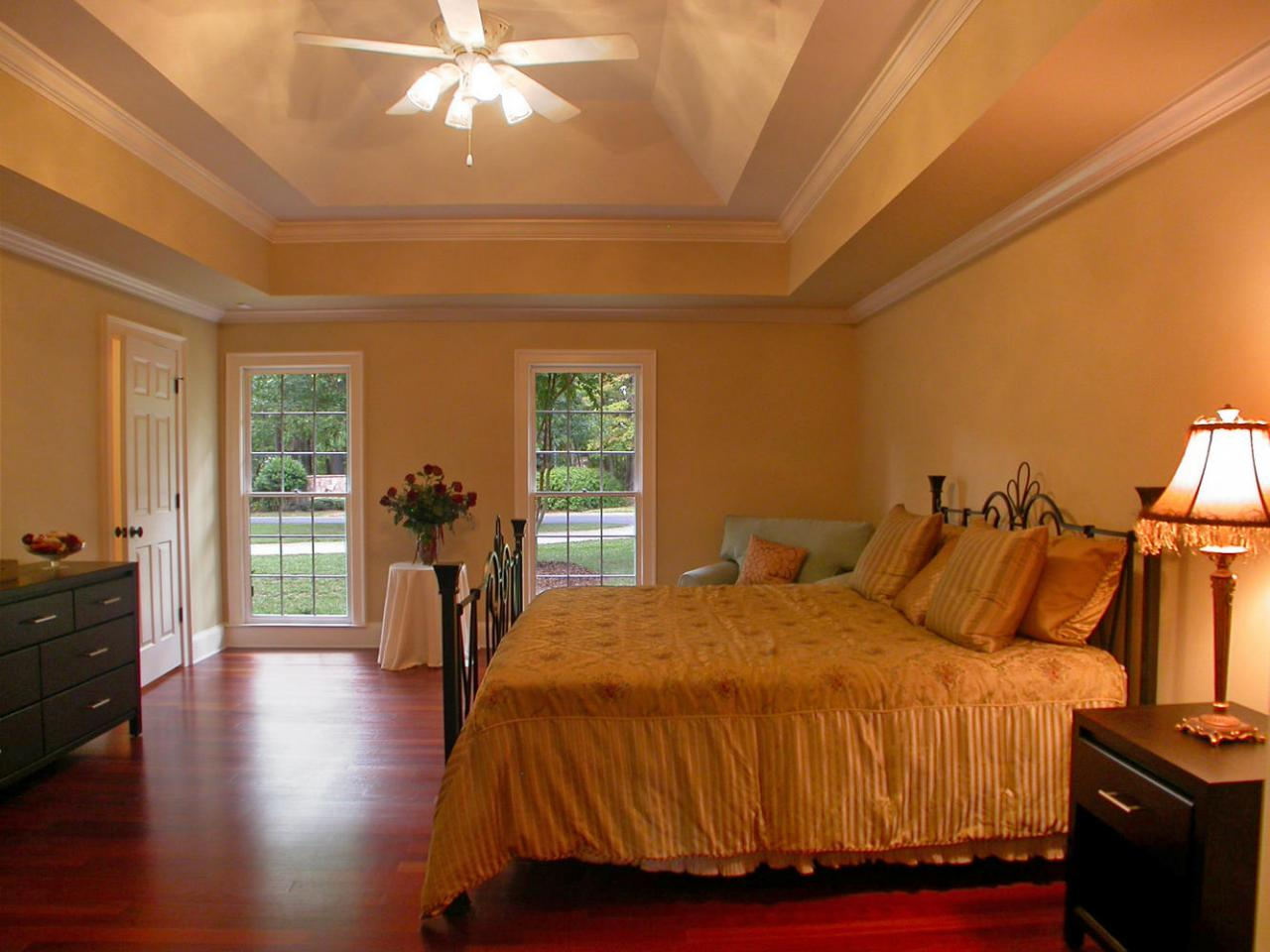 Romantic bedroom decorating and remodeling with elegant models ...